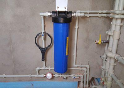Монтаж фильтра тонкой очистки для воды