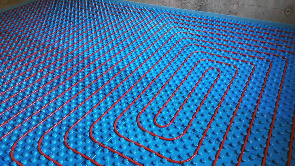 Водяной теплый пол, монтаж в частном доме в Курске и области - Цена подключения теплых полов под плитку и ламинат