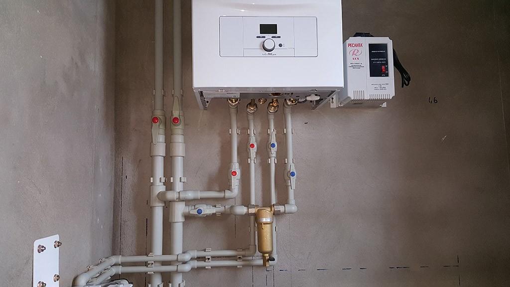 Установка газовых котлов – напольных и навесных в частном доме в Курске и области